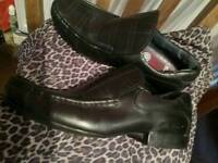 "Mens/lads black leather shoes ""Ben sherman"" in size 8"