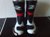 RICHA BLADE Motorcycle Bike Boots in Excellent condition worn twice only ( see description) UK 8