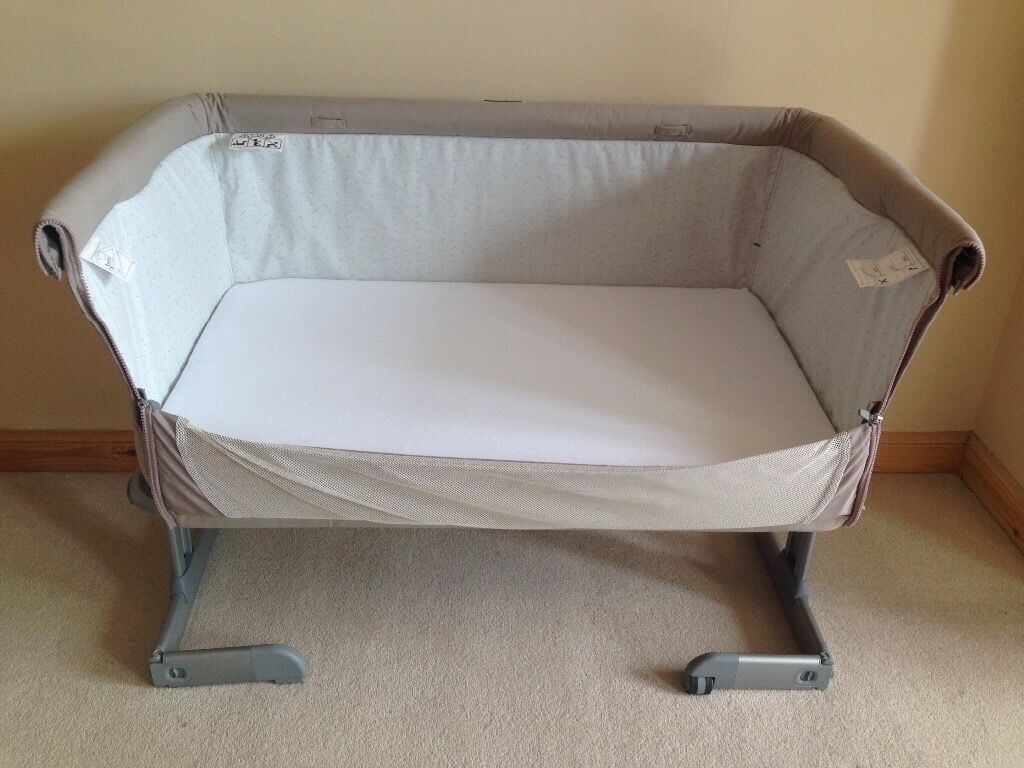reduced chicco next 2 me bed side crib dove in aberdeen gumtree. Black Bedroom Furniture Sets. Home Design Ideas
