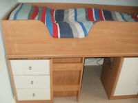 Children's cabin bed great space saver