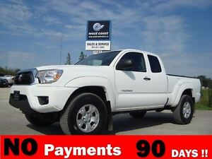 2013 Toyota Tacoma SR5 V6 4X4 *ONE OWNER*