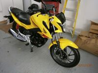 2016 HONDA CB125F IN PEARL YELLOW ONLY COVERED 3192 MILES