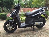 2013 aprilia citycom300 top of the range sports scooter very fast must be seen finance available
