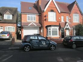 TWO BEDROOM * REFURBISHED * MODERNIZED * COUNCIL TAX INC * NO DSS * WORKING ONLY * WOODLANDS RD