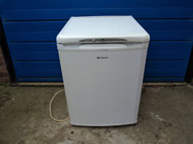 Hotpoint 'Future' undercounter freestanding freezer, fully working, very clean.