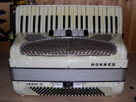 Hohner Verdi III, 3 Voice, 120 Bass, Piano Accordion.