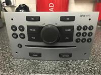 VAUXHALL CD 30 MP3 CD PLAYER IN GOOD WORKING CONDITION (NO CODE)