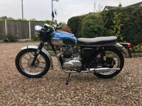 1965 Triumph 500cc T90 with T100 SS engine. T100 T 90 T 100 350