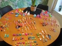 VARIOUS POLLY POCKET ITEMS - CLOTHES / ACCESSORIES, ETC. - FROM £1.00