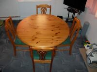 Corndell Solid Pine Extending Dining Table And 4 Chairs