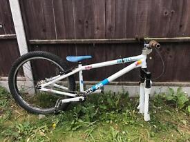 Revell dxs 24 jump bike bicycle