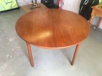 1960s Teak Dining Set for 4 people from McIntosh, very good vintage condition