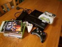 Xbox 360e 250GB 3 controllers + games