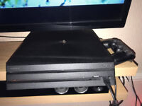 1 TB PS4 PRO BOXED (READ DESCRIPTION)