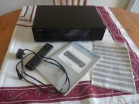 Philips CD850 Classic Audiophile CD Player with original remote, and instruction book.