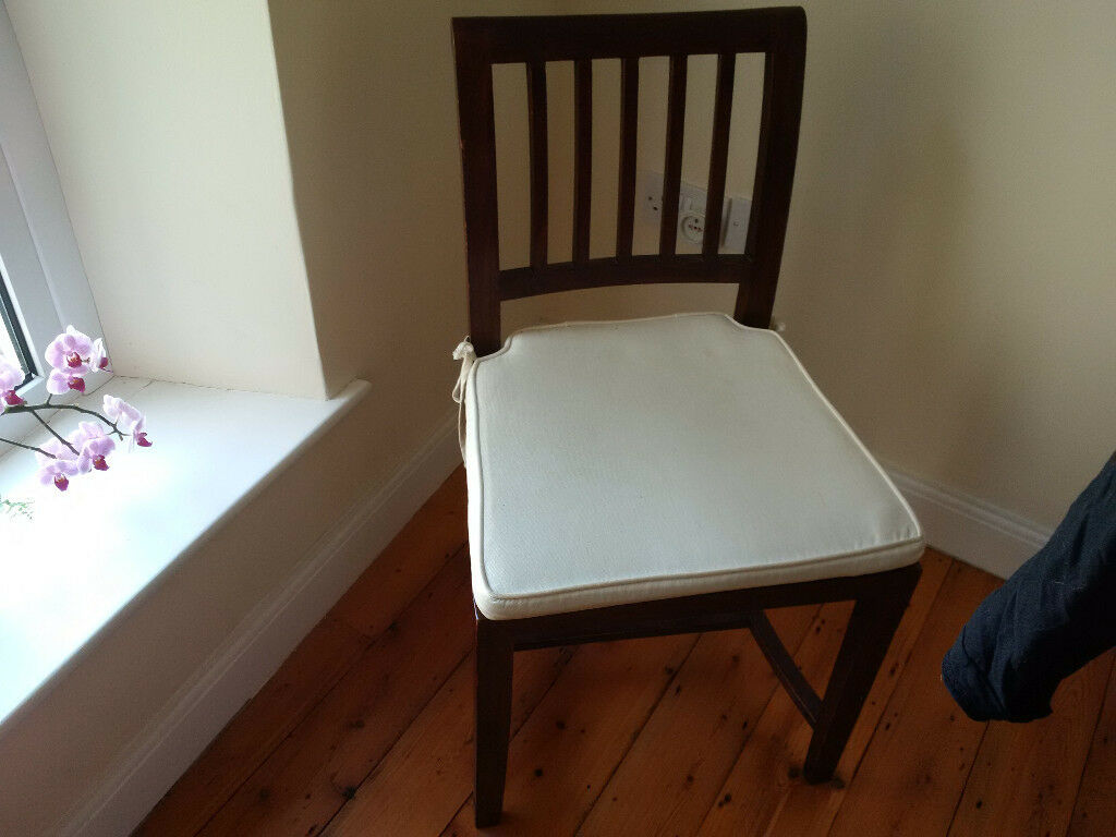 Beautifull wooden chair