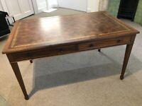 Beautiful Vintage Leather Desk -- Excellent Condition
