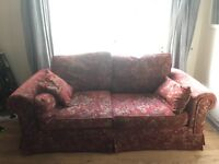 Lovely charming cottage settee