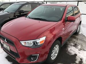 2015 Mitsubishi RVR SE  4x4, Heated Seats, Very Low Mileage!!
