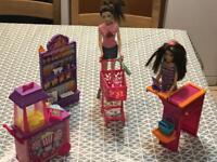Fashion dolls with supermarket