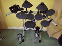 Yamaha electronic Drum Kit DTX500K + Upgrades 3 Zone Snare + HiHat + Sticks + DVD/Book