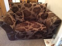 TWO SEATER SOFA & A LARGE THREE SEATER SOFA IN A BROWN PATTERNED MATERIAL