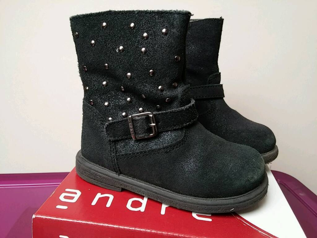 Girls black leather boots size 23 uk 6 in guc