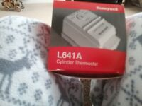 Honeywell L641A cylinder thermometer