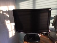 TV with intergrated freeview and DVD