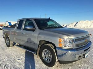 2013 Chevrolet Silverado 1500 LS EXT CAB/ONE OWNER/CLAIMS FREE/W