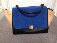 Stunning Celine trapeze bag up for sale !