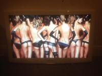 """Samsung 40"""" LCD HD TV White with Freeview and 3 HDMI sockets comes with remote not plasma led"""