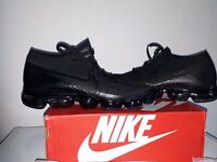 Nike Air Vapour Max Flyknit - Triple Black / Anthracite - UK Size 9
