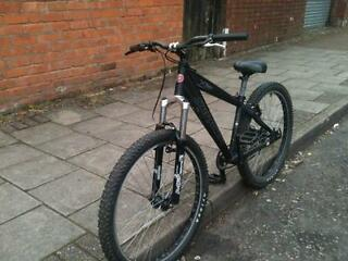 """Saracen Xile Mountain bike marzocchi suspension fork 2.3"""" tioga tyres Bargain at £125 but be quick"""