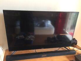 Samsung 4K Smart 40inch LED TV with Samsung Soundbar