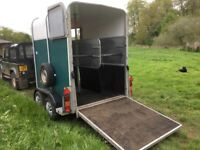 2006 IFOR Williams HB 505 R Horse Box Trailer in Green - Just serviced!