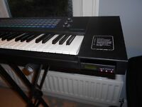 Sequential Prophet 2000 12-bit sampler with HxC drive
