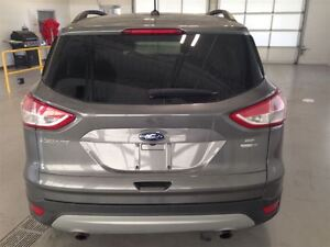 2014 Ford Escape SE| ECOBOOST| 4WD| SYNC| HEATED SEATS| 36,967KM Cambridge Kitchener Area image 5