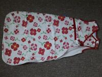 Sleeping Bags size:0-6 months and 6-12 months