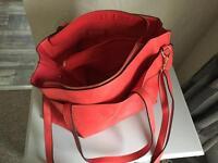 Women's oasis handbag
