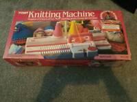 Tomy knitting machine