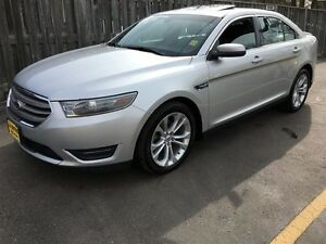 2013 Ford Taurus SEL, Automatic, Sunroof, AWD
