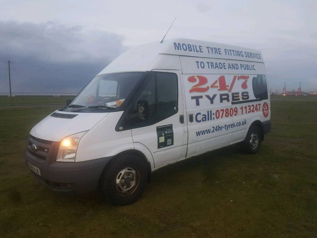 c80ab48bdd Ford Transit fully equipped tyre van.