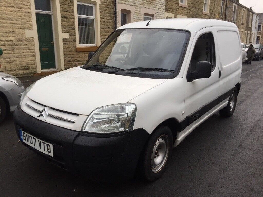 Citroen berlingo 07 van hdi tidy van low mileage 12 month mot px offers ring for more details