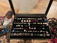 300+ costume jewellery