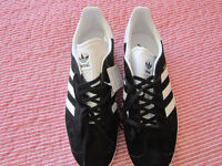 'ADIDAS' Gazelle trainers SIZE uk 10 Black & white Brand new with tags