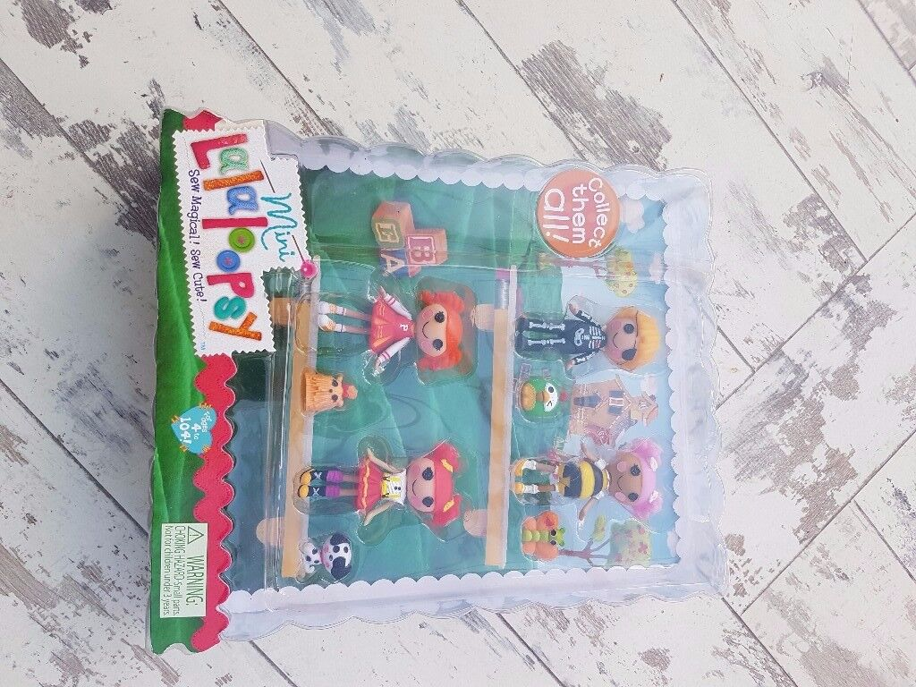 Lalaloopsy mini dolls, 4 in pack. Brand new, perfect for Christmas gift