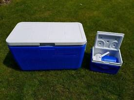 Large Coleman cool box and extras