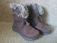 Girls Brown Clarks Boots - Size 6.5 G
