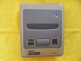 working SNES SUPER NINTENDO CONSOLE